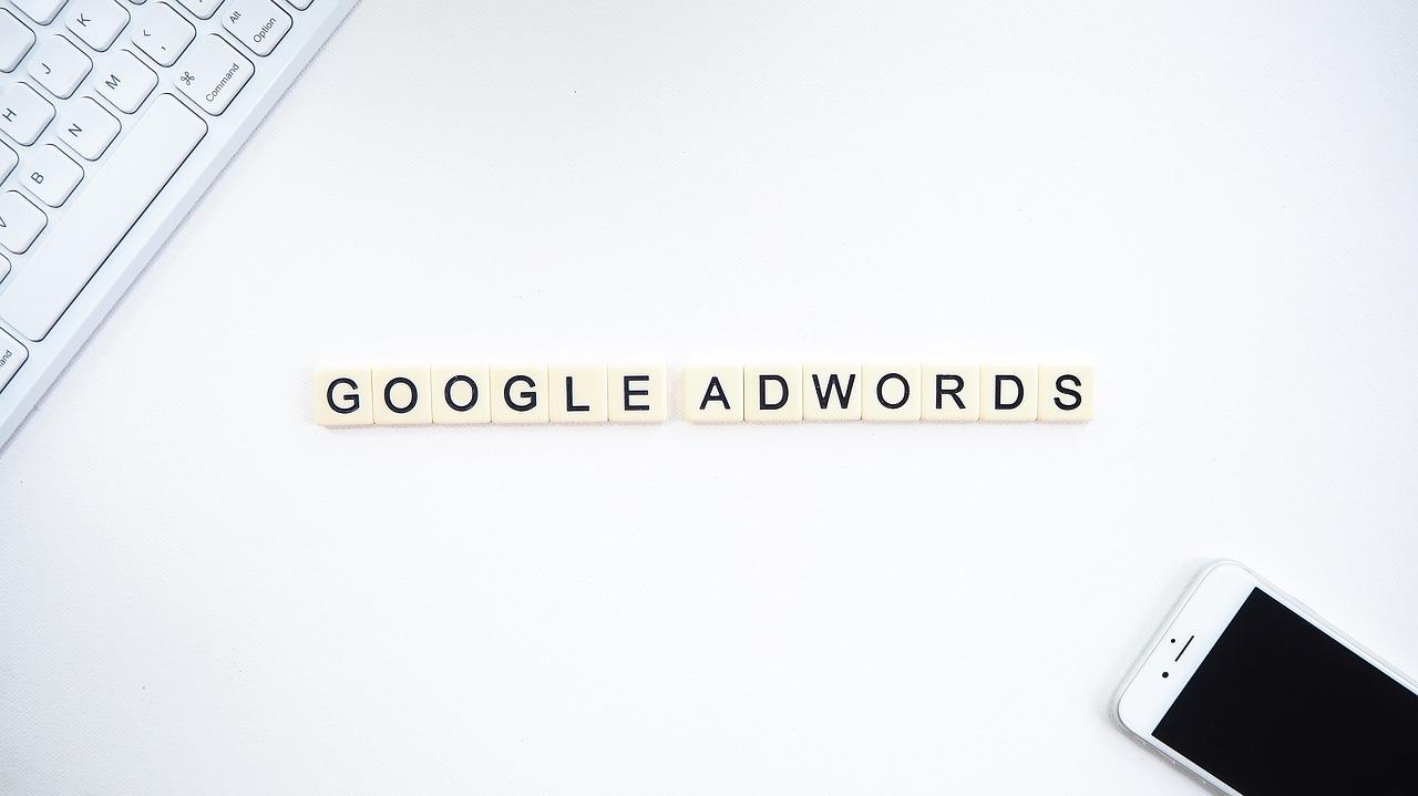 Google Ads: Pengertian, Cara Kerja & Manfaat Bagi Bisnis